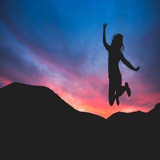 ดำเนินชีวิตด้วยกำลังและความกล้าหาญ